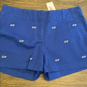 Vineyard vine logo shorts